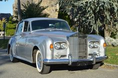 Used 1963 Rolls-Royce Silver Cloud III Stock # 18919 in Astoria, NY at Gullwing Motor Cars, NY's premier pre-owned luxury car dealership. Come test drive a Rolls-Royce today! Rolls Royce Silver Cloud, Car Hood Ornaments, 1960s Cars, Luxury Car Dealership, Pretty Cars, Amazing Cars, Toys For Boys, Old Cars, Motor Car