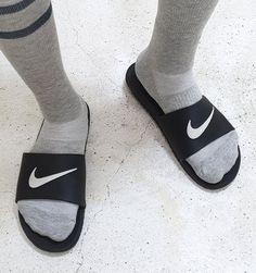 Pool Slides, Slide Sandals, Slide Rule, Socks, Sneakers, Fashion, Sandals, Tennis, Moda