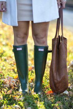 Hunter boots, cream