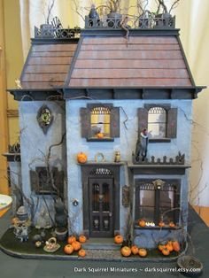 Halloween Village Display / Haunted House / Dark Squirrel Miniatures / DSM Asylum ~: Vulture's Roost ~