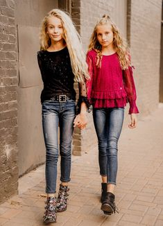 727be04d0 31 Best Tween Teen Girls Holiday Outfits images in 2019