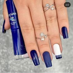 50 Pretty Ways to Wear Dark Blue Nails - 17 - Hair and Beauty eye makeup Ideas To Try - Nail Art Design Ideas Cute Acrylic Nails, Cute Nails, My Nails, Perfect Nails, Gorgeous Nails, Short Nail Designs, Nail Art Designs, Dark Blue Nails, Instagram Nails