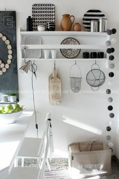 tellerregal on pinterest plates advent and ikea. Black Bedroom Furniture Sets. Home Design Ideas