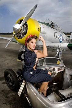 Collection of Aviation Pin Up and Nose Art copyrights belong to their respective owners. These are images I've found publicly accessible while browsing the Internet, unless otherwise stated. Rockabilly Style, Rockabilly Fashion, Rockabilly Girls, Mode Vintage, Vintage Cars, Vintage Airplanes, Vintage Stuff, Pin Up Zeichnungen, Hot Rods