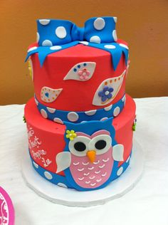 Poppie's big birthday cake for One's a hoot!