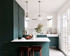 globe lights and eat-in kitchen with modern green cabinetry. / sfgirlbybay globe lights and eat-in kitchen with modern green cabinetry. Green Kitchen Designs, Green Kitchen Decor, Home Decor Kitchen, Interior Design Kitchen, New Kitchen, Vintage Kitchen, Home Kitchens, Modern Interior, Cuisines Design