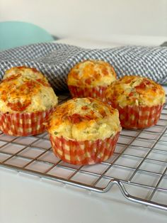 Baby Food Recipes, Great Recipes, Pizza Muffins, Sandwiches, Banana Cream, Lunch Snacks, Tapas, Buffet, Food And Drink