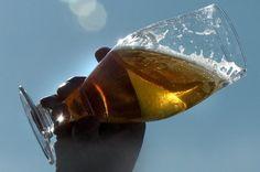 L'Hospitalière, une bière de la microbrasserie La Voie maltée de Chicoutimi pour financer un hôpital.