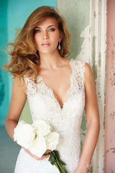9104 gown from the 2014 Allure Bridals collection, as seen on Bride.Canada