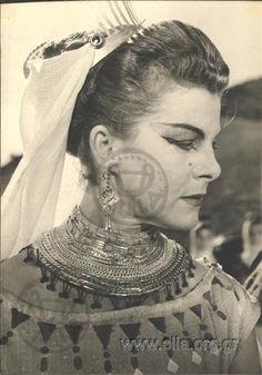 Ηλέκτρα - Αλέκα Κατσέλη Greeks, Cinema, Actresses, Artists, Actors, Film, Projects, Movies, Photography