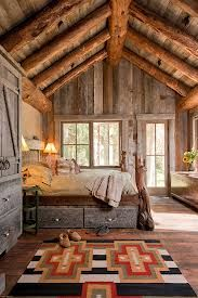 Loving the feel of this room, so comforting & so rustic!
