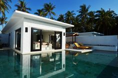 Bedroom next to the pool