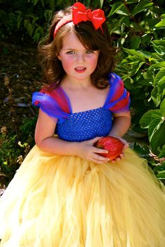 Snow White Tutu Costume sizes 12-18m, 18-24m, 2t, 3t, 4t, 5t