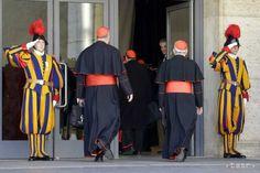 Švajčiarsku gardu Vatikánu prezbrojujú rakúski kováči - Zaujímavosti - SkolskyServis.TERAZ.sk