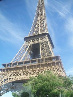 the eiffel tower with worms eye view Worms Eye View, Tower, Paris, Building, Travel, Rook, Montmartre Paris, Viajes, Computer Case
