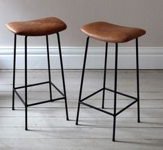 vintage-tan-leather-counter-stools-3.jpg 850×782 pixels