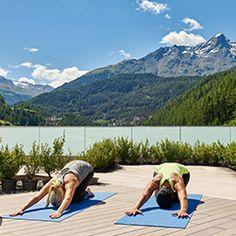 Slow Aging - Thai Yoga im BERGLAND HOTEL SÖLDEN ****S    #wellness #wellnesshotel #spa #package #hotel #sölden #jamesbond #designhotel #ötztal #tirol #ferien #urlaub #erholung #zirbe #skypool #heubett #natur #leadingsparesorts #travel #vacation #giorno #festivo #jours #fériés #vacances #rilassarsi #prenota #bergland #Альпы #tirolo #leading #spa #オーストリア #австрия Design Hotel, Wellness Hotel Tirol, Sky Pool, Resort Spa, Yoga, Vacation, Mountains, Travel, Festivus