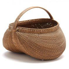 Shelton Sisters: Leland Little Auctions Acorn Crafts, Diy Crafts, Red Basket, Pine Needle Baskets, Vintage Baskets, Market Baskets, Basket Decoration, Basket Weaving, Wicker Baskets