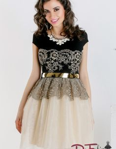 Formal Dresses, Motorcycle, Clothes, Fashion, Vestidos, Embroidery, Dresses For Formal, Outfits, Moda