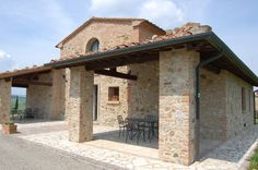 Beautiful rustic structure Tuscany, Cabin, Rustic, Vacation, Mansions, Luxury, House Styles, Beautiful, Home Decor