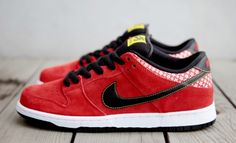"Nike SB Dunk Low ""Firecracker"" Sneaker Pack"