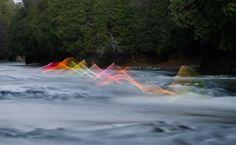 A Memória de um Movimento   Design Set - Live For Inspiration // Dança de luzes revelam movimentos de objetos no tempo e no espaço.