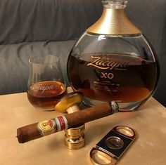 My name is Trunte and I like art, design, fashion, music, musicals and theatre. This is a photo parade of the things I like. Cigar Club, Cigar Bar, Cigars And Whiskey, Good Cigars, Cigar Gifts, Cigars And Women, Cigar Room, Liqueur, Cigar Smoking