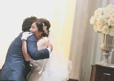 誓いのキスの代わり『誓いのハグ』の結婚式挙式演出について