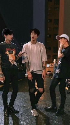 A bunch of random senarios with BTS. What would yo Foto Bts, Foto Jungkook, Bts Photo, Bts Bangtan Boy, Yoongi Bts, Jung Kook, Mode Masculine, Estilo Bad Boy, Theme Bts