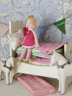 """""""Maileg Princess & the Pea"""" Beautiful hand-crochet princess, cream painted wooden bed, mattresses, cushion, quilt and crochet pea."""