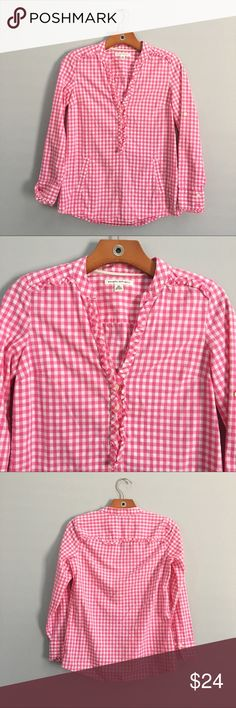 Pink and White Gingham Banana Republic Top Adorable pink and white gingham top from Banana Republic. Perfect under a vest for a preppy look. The ruffle details add a feminine touch to a classic. Also has pockets! Banana Republic Tops Blouses