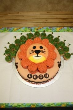 Cake Pan Ideas on Pinterest  Teddy Bear Cakes, Cake Pans and Giant ...