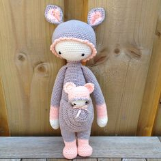 KIRA the kangaroo made by Rylana van de P. / crochet pattern by lalylala