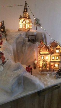 Hoogteverschillen maken en afdekken met wit laken als sneeuw