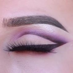 Beautiful Eye Makeup Tutorial Compilation - The most beautiful tutorial for eyes . - Beautiful Eye Makeup Tutorial Compilation – The Most Beautiful Eye Makeup Tutorial You Can Try At - Makeup Eye Looks, Simple Eye Makeup, Cute Makeup, Skin Makeup, Eyeshadow Makeup, 60s Makeup, Awesome Makeup, Gold Makeup, Pretty Makeup
