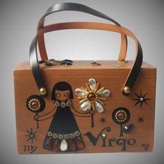 Cigar Box Diy, Cigar Box Crafts, Cigar Box Purse, Cigar Boxes, Vintage Purses, Vintage Box, Vintage Handbags, Vintage Dolls, Wooden Bag