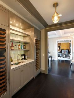 Built-in bar and wine storage