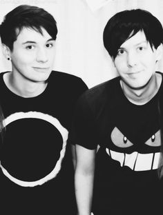 """""""I didn't have a best friend for the first 18 years of my life."""" - Dan Howell<-- HAPPY BIRTHDAY PHIL!!!!!"""