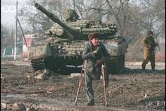 28 Jan 1995, Grozny, Chechnya --- Chechen in occupied Grozny