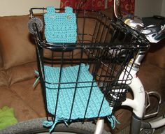 Bike Basket Liner and Pouch - Crochet by cooksterz, via Flickr - make a sewn version?