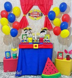 Show da Luna 4th Birthday, Birthday Parties, Paw Patrol, Birthday Party Decorations, Holidays And Events, Toy Chest, Baby Kids, Alice, Baby Shower