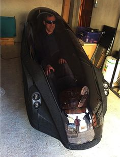 Grant Sinclair tries out a prototype eTrike shell Trike Bicycle, Recumbent Bicycle, Electric Trike, Electric Cars, Velo Biking, E Quad, Flying Vehicles, Reverse Trike, Futuristic Cars