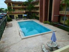 1120 NE 9 Av, #23 Fort Lauderdale, FL 33304 Pool Area #realmiamibeach #lakeridge #fortlauderdale #rentals