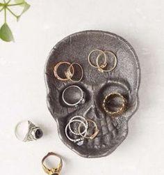 skull dish ring holder