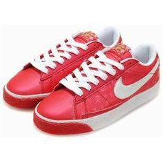 sports shoes 0278b f7c94 Women Nike Blazer Low Shoes Red