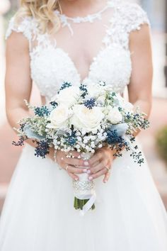 There's no bride without a bouquet! Every wedding theme and style usually supposes that a bride would carry a bouquet, so it's high time to choose ...