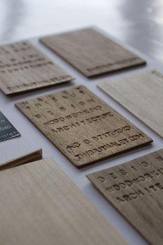 Ausgefallene Visitenkarten: Visitenkarte aus Holz.