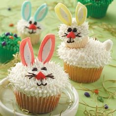 17 Recipes for Easter Cupcakes - Celebrate the holiday with these fun Easter cupcake recipes, including favorite spring flavors like lemon and carrot. And kids of all ages won't be able to resist the cute Easter bunny cupcakes! Easter Bunny Cupcakes, Easter Treats, Bunny Cakes, Easter Cake, Animal Cupcakes, Easter Peeps, Easter Food, Easter Cookies, Happy Easter