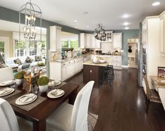 Traditional Kitchen Color Design, Pictures, Remodel, Decor and Ideas - page 2