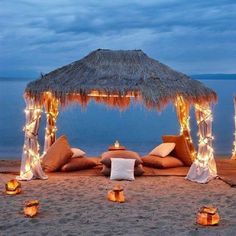Would love this on a romantic trip, night, stay vacation, or honeymoon. Romantic Beach, Romantic Places, Romantic Travel, Beautiful Places, Romantic Ideas, Romantic Proposal, Romantic Night, Proposal Ideas, Romantic Vacations